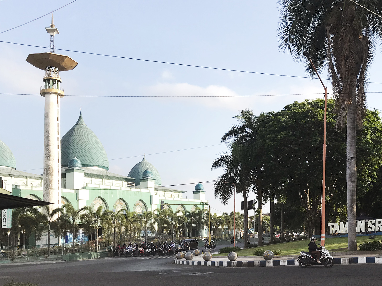 10 JAWA - Jawa: wulkan Ijen, Bromo, Yogyakarta i świątynie