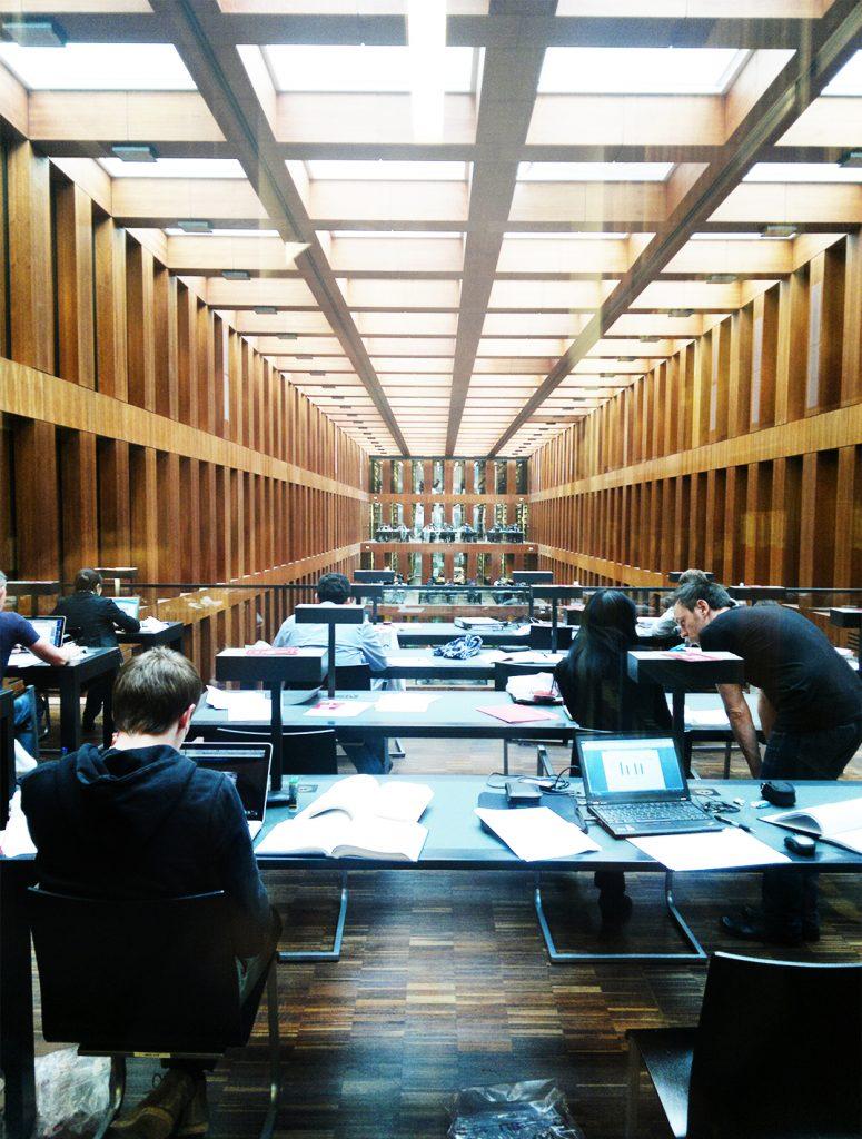 030 biblioteka e1578917804751 - Berlin - Architour