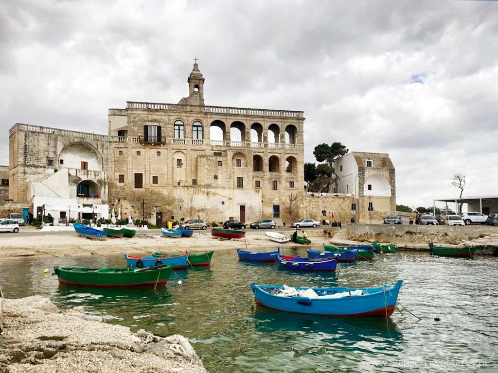 11 polignano - Południe Włoch