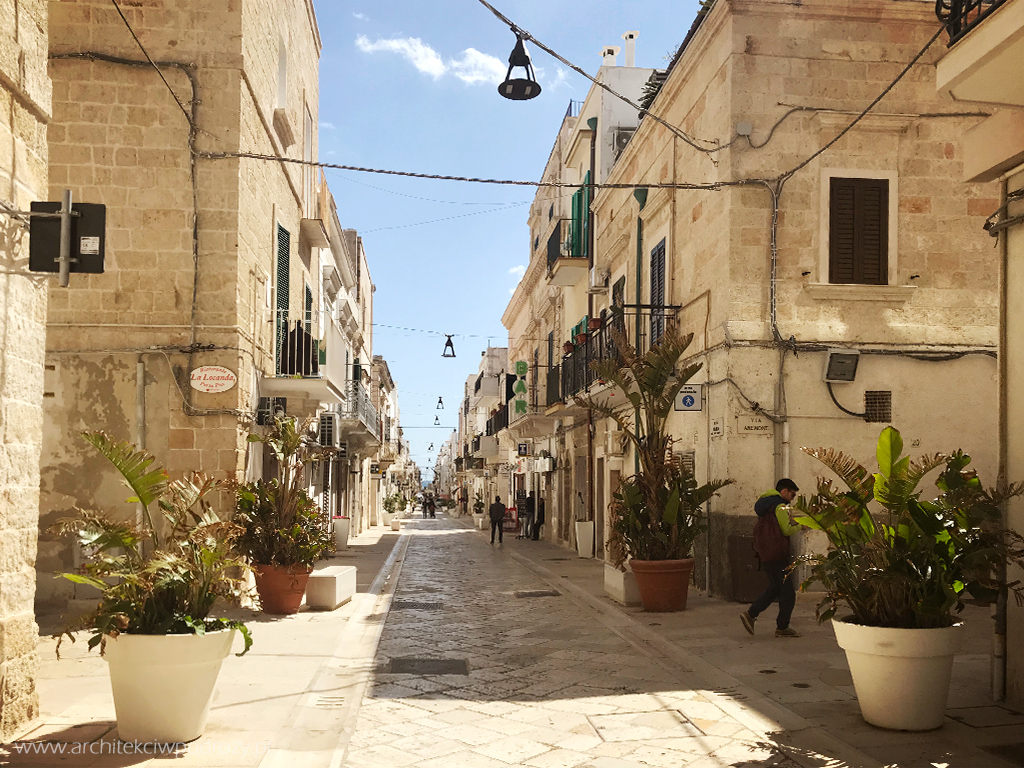 15 polignano - Południe Włoch