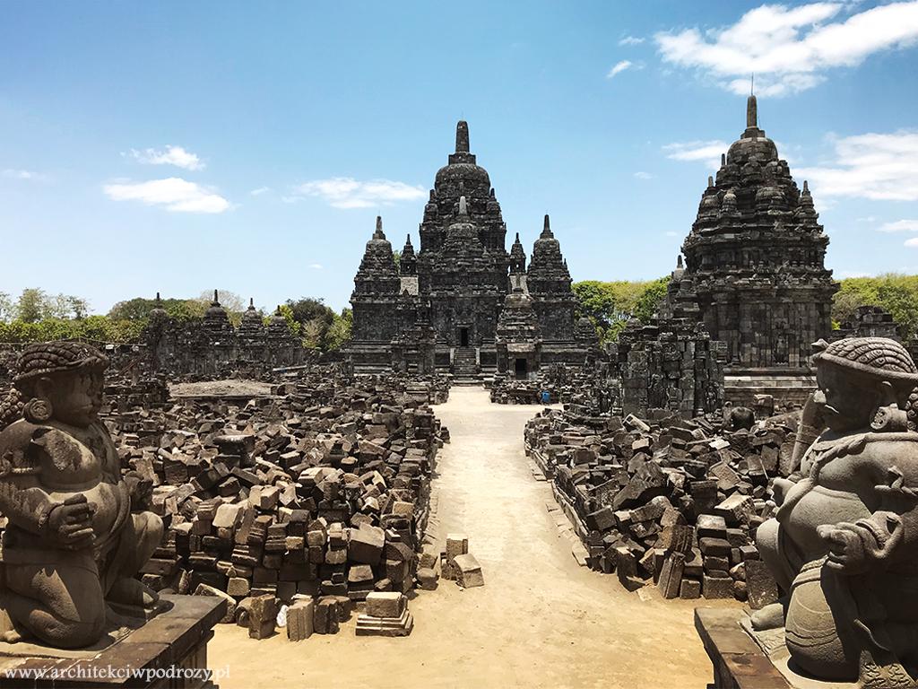 prambanan obok - Jawa: wulkan Ijen, Bromo, Yogyakarta i świątynie